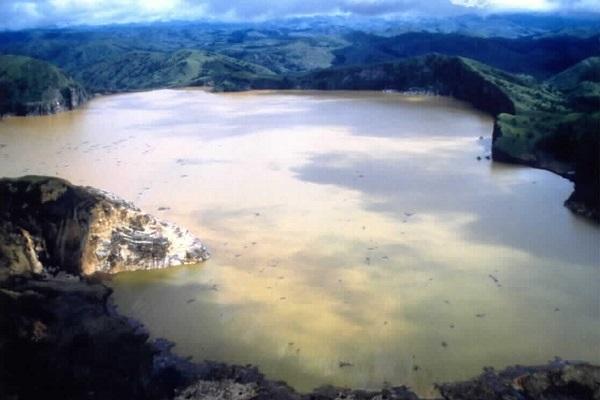 lac mortal camerun
